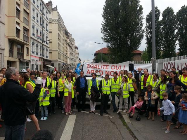 250 personnes réunies à Lyon contre l'ABCD de l'égalité