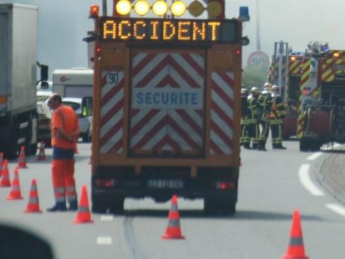 Rhône : deux morts dans un accident sur l'A46 ce jeudi