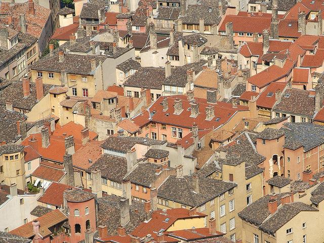 """Lyon : """"Nous ne sommes pas contre les Airbnb, nous voulons juste qu'ils respectent la loi"""""""