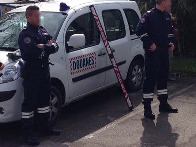 Un Lyonnais force un barrage des douanes avec 23 kilos de cannabis