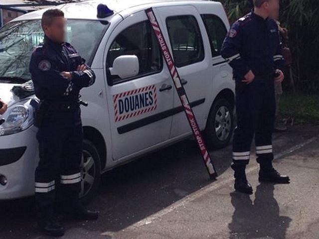 Des policiers cibles de jets de projectiles à Vaulx-en-Velin