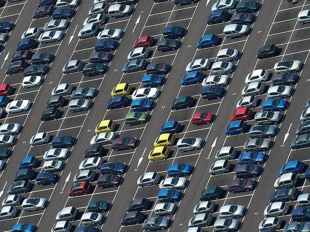 Un gérant automobile lyonnais condamné pour avoir vendu des voitures sans appliquer la TVA