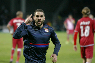 Lyon prend l'avantage sur Bordeaux (3-1)
