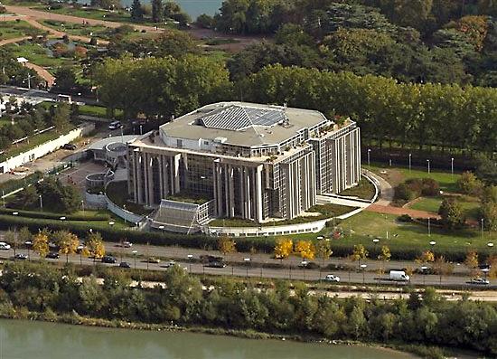 Le centre global anti-crime d'Interpol s'éloigne de Lyon