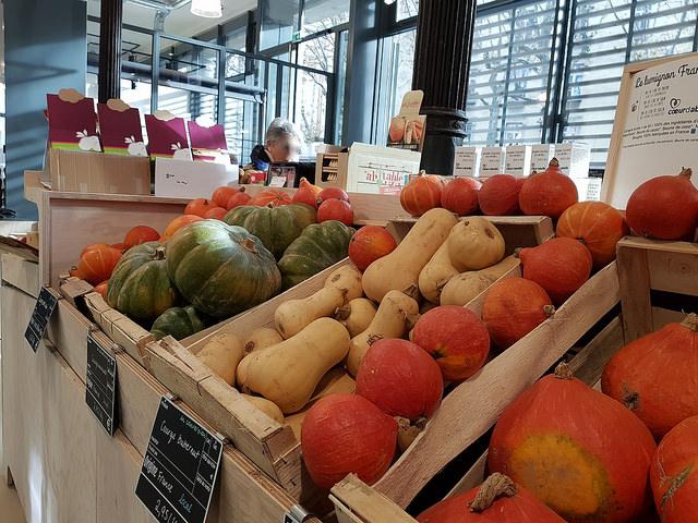 """Graapz : l'entreprise qui sauve les """"légumes moches"""" à Lyon"""