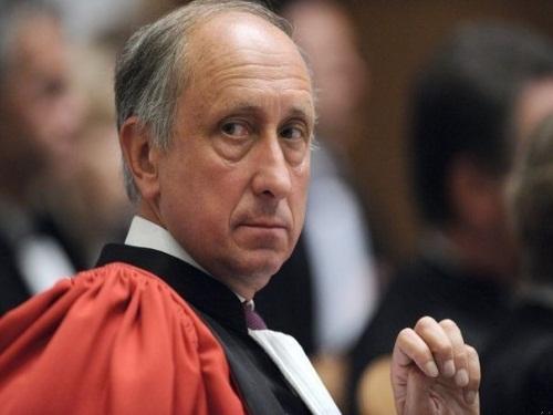 Justice : le lyonnais Philippe Courroye sera bien muté contre son gré