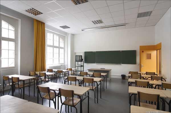 Un professeur frappé par une élève