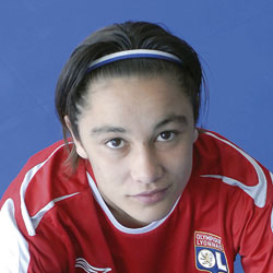 Football : les filles de l'OL battent Arsenal 3-0