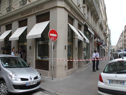 Un nouveau braquage de bijouterie à Lyon : deux employés blessés