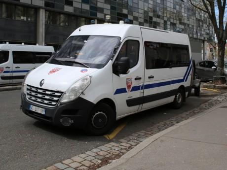 Lyon: des vendeurs à la sauvette prennent à partie des CRS