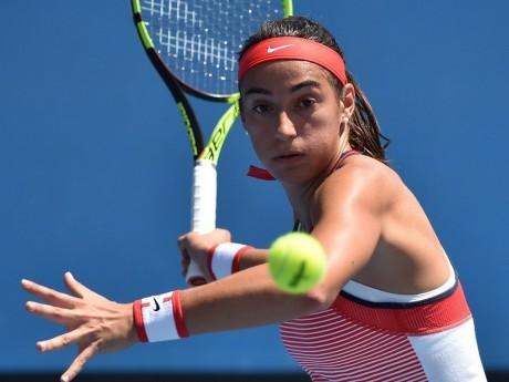 Roland-Garros : Caroline Garcia passe au deuxième tour en trois sets