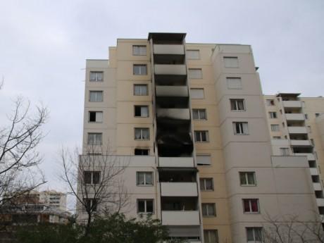 Les traces de l'incendie sur l'immeuble - LyonMag