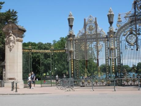 Vents violents à Lyon : le parc de la Tête d'Or fermé