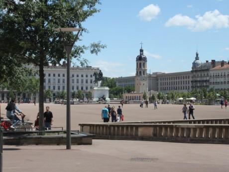 Place Bellecour - LyonMag