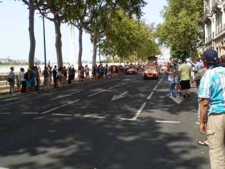 Tour de France: vingt Lyonnaises roulent en faveur de l'émancipation des femmes à travers le vélo