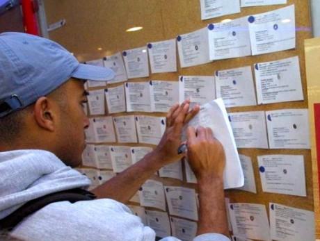 Lyon : les étudiants commencent leurs prospections au forum des jobs d'été