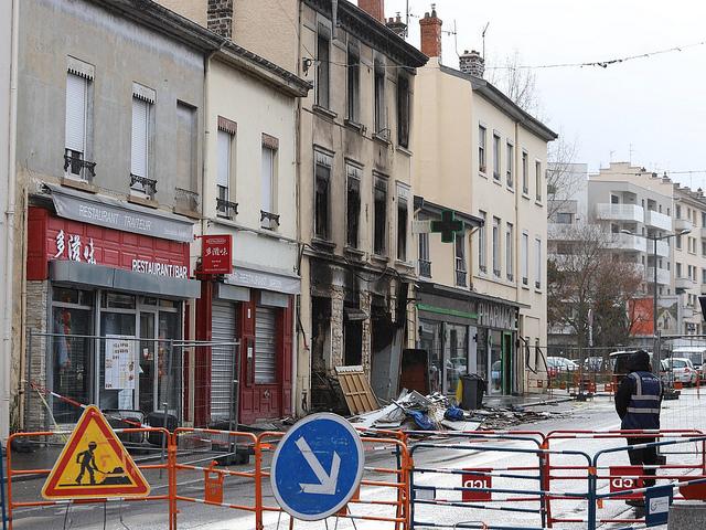 Incendie de la route de Vienne : la sécurité du quartier du Grand Trou discutée