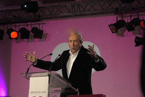 Gérard Collomb face à Eric Besson