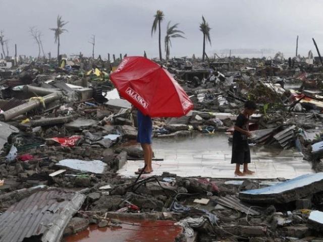 Typhon Haiyan : un avion spécial va décoller de Lyon lundi soir