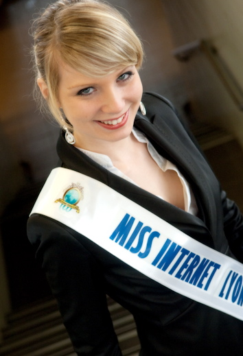 Julie Raquet élue Miss internet France 2010