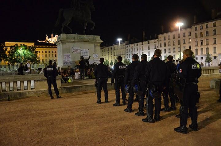 Révolte en Espagne : « A Lyon, le mouvement risque de faire pschitt »