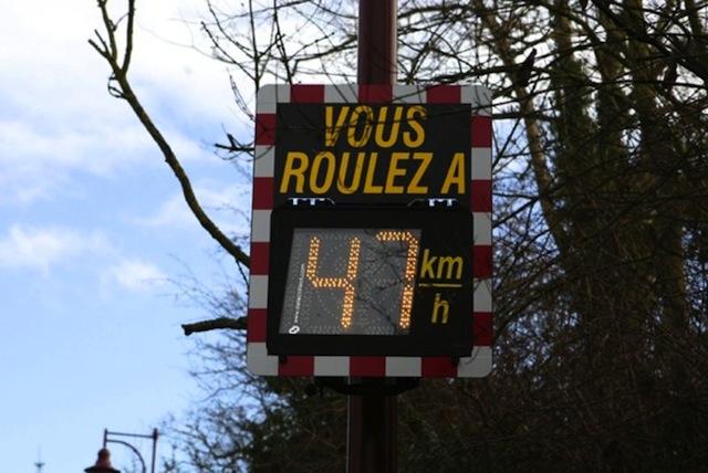 Les premiers radars pédagogiques mis en service mercredi dans le Rhône