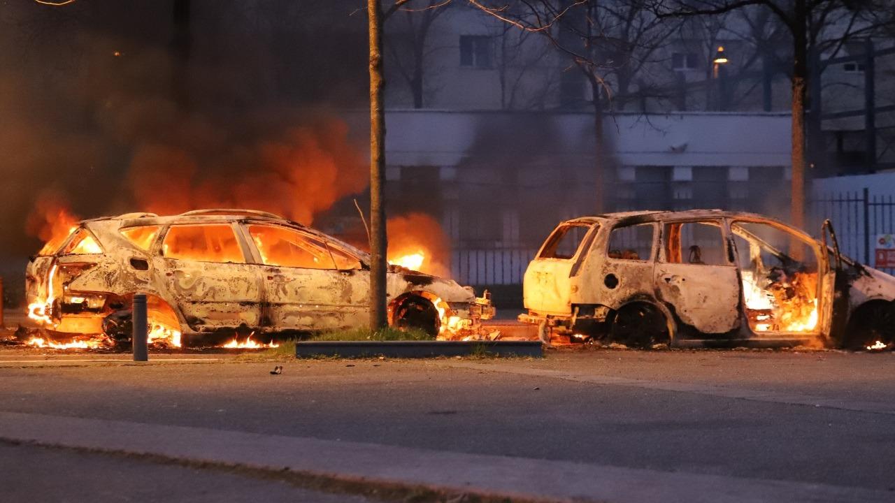 Violences urbaines à Bron :