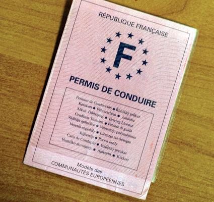 Un réseau de faux permis de conduire démantelé à Lyon