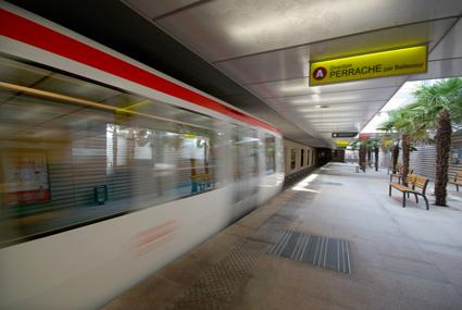 Le métro A arrive à Vaulx-en-Velin