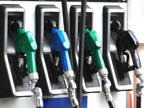 Un chauffeur de poids lourd arrêté pour avoir détourné de l'essence
