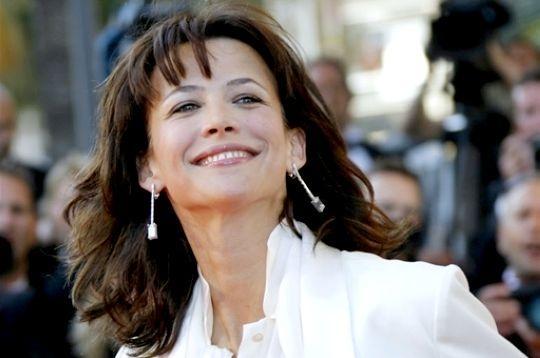 Sophie Marceau retrouvera les planches à Lyon
