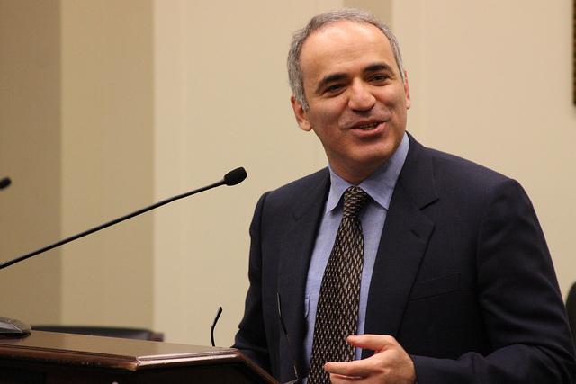 Kasparov, la légende des échecs, à Lyon pour le procès d'un oligarque kazakh