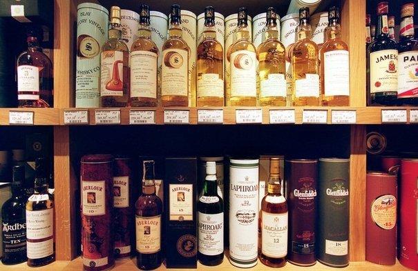 L'interdiction de vendre de l'alcool la nuit sera reconduite