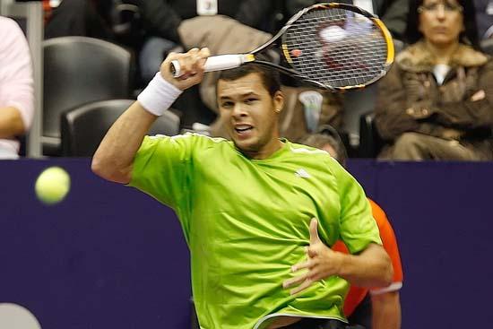 Tennis : Pluie de balles à Gerland