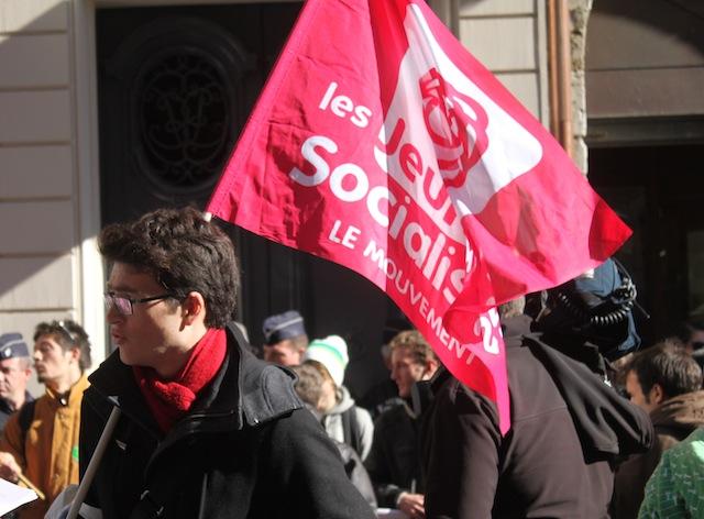 Les Jeunes Socialistes raillent les calculs d'experts-comptables autour du coût des violences urbaines