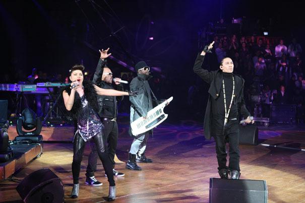 Les Black Eyed Peas posent un lapin à une boîte de nuit iséroise