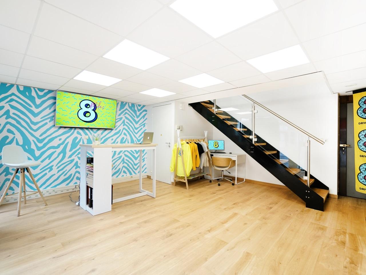 la premi re auto cole multi services de france a ouvert lyon. Black Bedroom Furniture Sets. Home Design Ideas