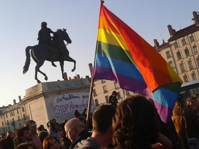 Le 1er mariage gay célébré à Villeurbanne