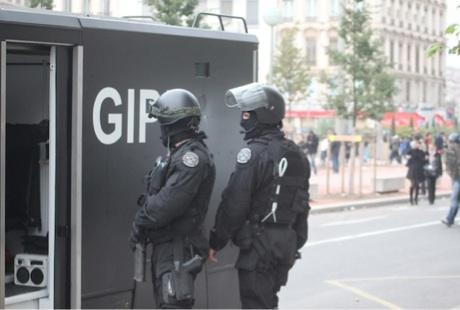 Le GIPN intervient pour libérer un enfant de 12 ans et l'ami de sa mère