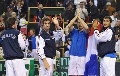 Lyon laisse filer la Coupe Davis