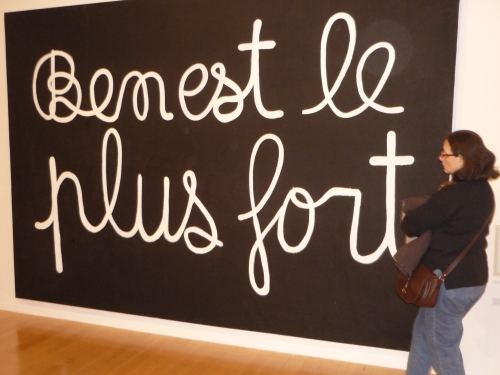 Beau succès pour la rétrospective Ben au Musée d'art Contemporain