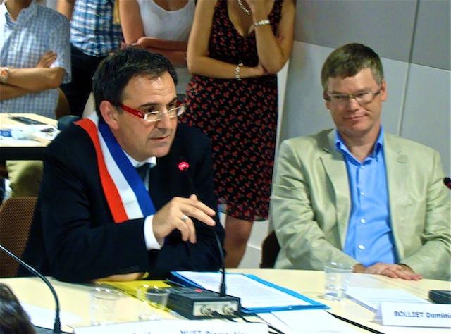 David Kimelfeld officiellement maire du 4e arrondissement de Lyon