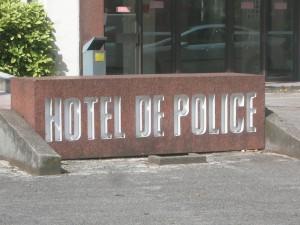Des mineurs violents contre les policiers