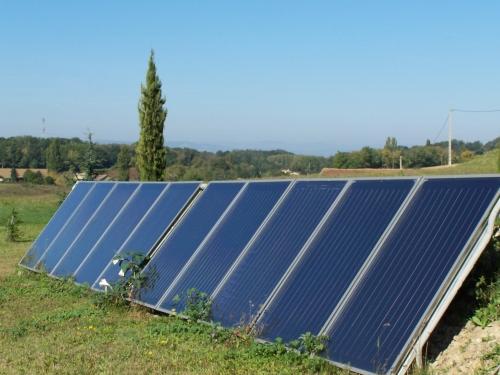 Des panneaux solaires pour sauver l'usine Bosch de Vénissieux