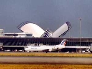 Des pistes cyclables à l'aéroport de St Exupéry