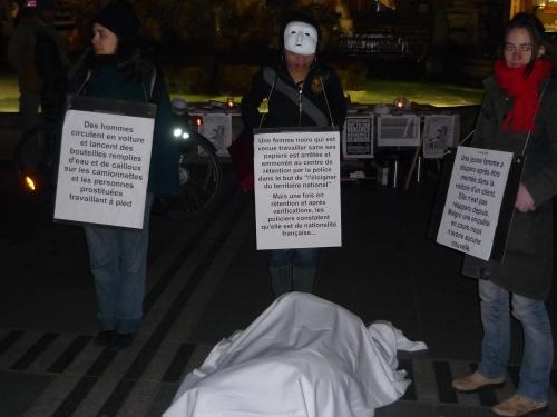 Elles étaient une quarantaine de prostituées rassemblées jeudi après-midi devant l'Hôtel de ville