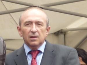 Gérard Collomb mécontent que le stade de Nancy passe avant son Grand Stade