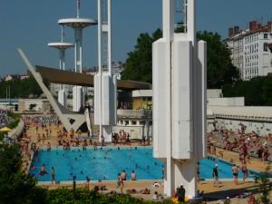 Grand lifting en vue pour la piscine du Rhône