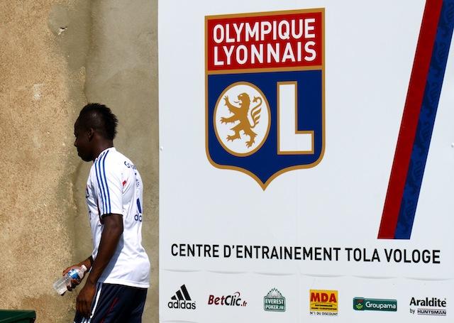 Transferts : Cissokho ou Bastos selon Rémi Garde