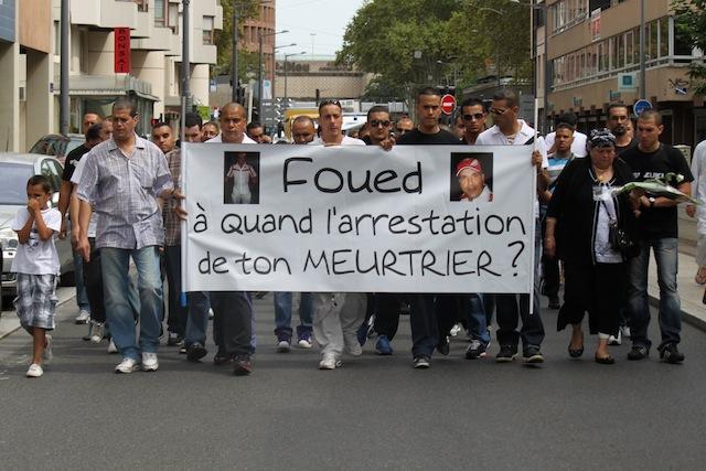 110 personnes à la marche blanche en l'honneur de Foued Guessoum